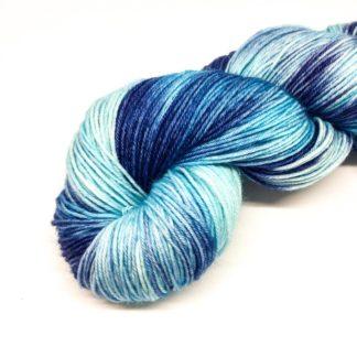 Blue patch dyed sock yarn, 4 ply hand dyed yarn, merino nylon wool, variegated yarn